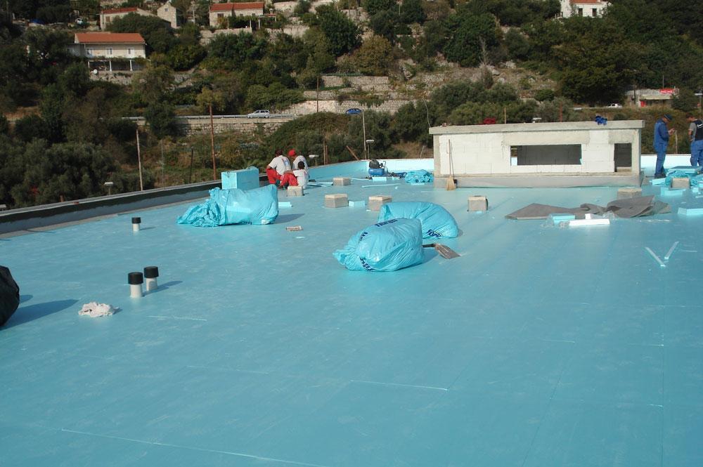 Ugradnje geotekstila i termoizolacijskog sloja u sustavu obrnutog krova