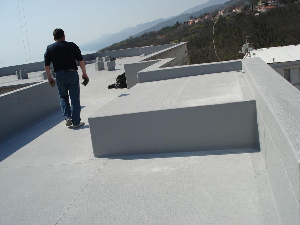 Protan SE 1.6mm - krov i detalji